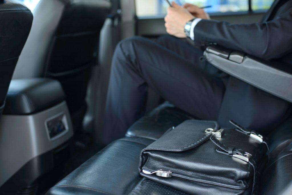 chauffeur hire leeds, chauffeur services leeds